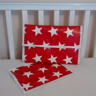 Travel changing mat in red and white stars