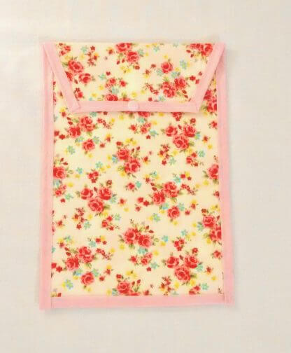 Floral nappy pouch in pink