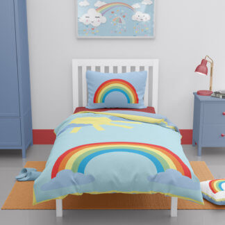 Toddler duvet cover with rainbow